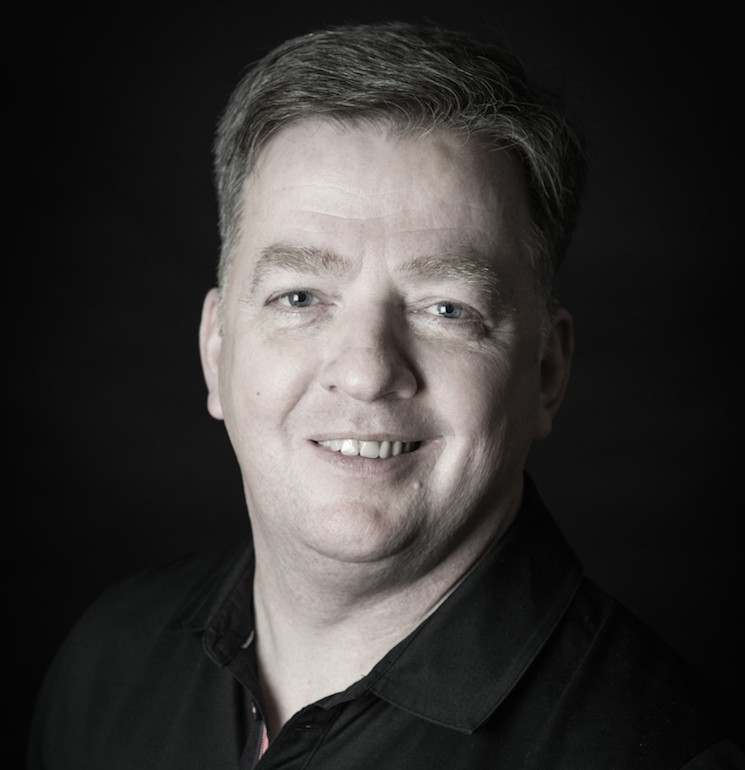 <strong>Andreas Stölting </strong></p> <p>ADTV-Tanzlehrer. Trainer A (DSB, DTV) höchste Wertungsrichterlizenz für Standard-, Latein- und Formationstanzen, Trainer für Umgangsformen.